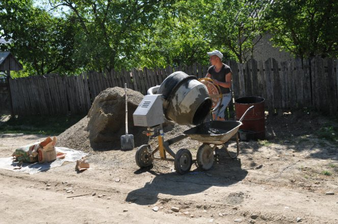 House Foundations 2013 667