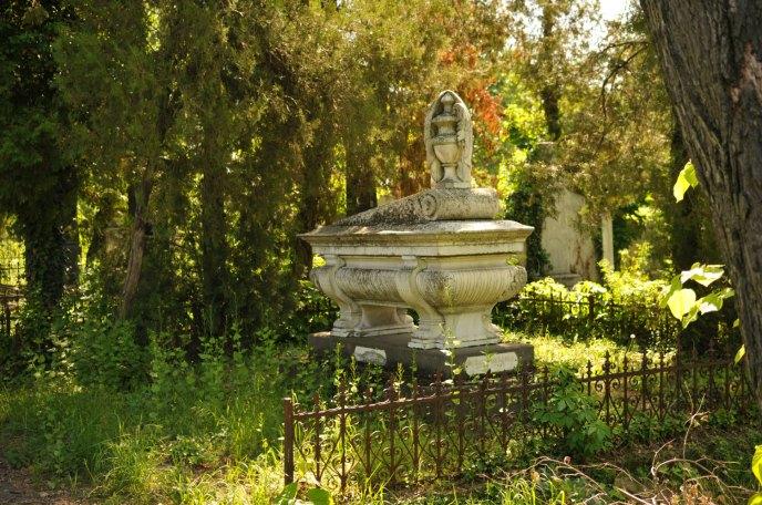 Jewish Cemetery Iasi Romania 024