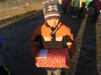 Shoeboxes Day nr 2 017