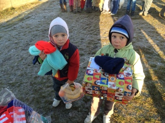 Shoeboxes Day nr 2 028