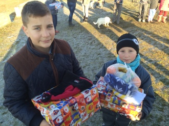 Shoeboxes Day nr 2 043