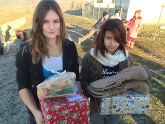 Shoeboxes Day nr 2 047