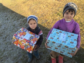 Shoeboxes Day nr 2 059