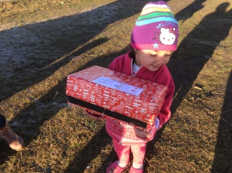 Shoeboxes Day nr 2 064