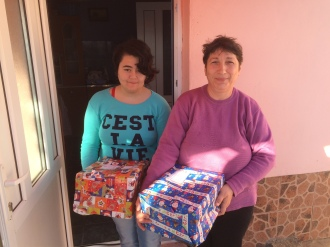 Shoeboxes Day nr 2 066